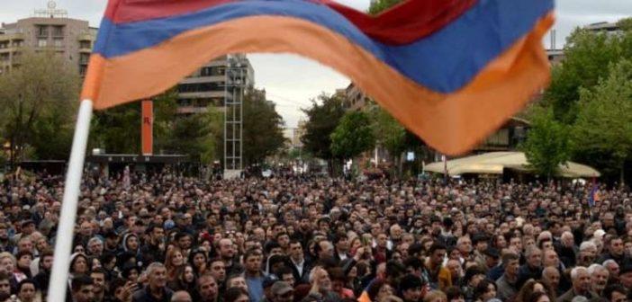 Proteste de amploare în Armenia contra fostului președinte al țării. Noi ce facem?