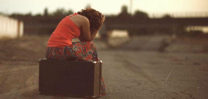 Rezistă o căsnicie când unul dintre soți emigrează? Ce spun femeile românce din Italia