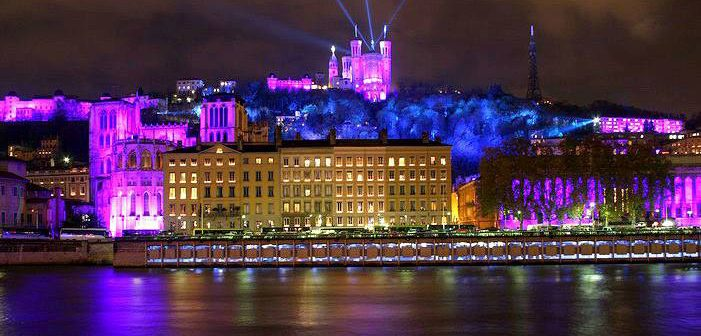 Le maire de Saint-Etienne demande l'annulation de la Fête des Lumières à Lyon